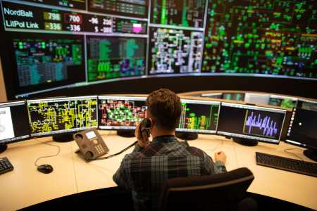 Smart and efficient management and monitoring of systems
